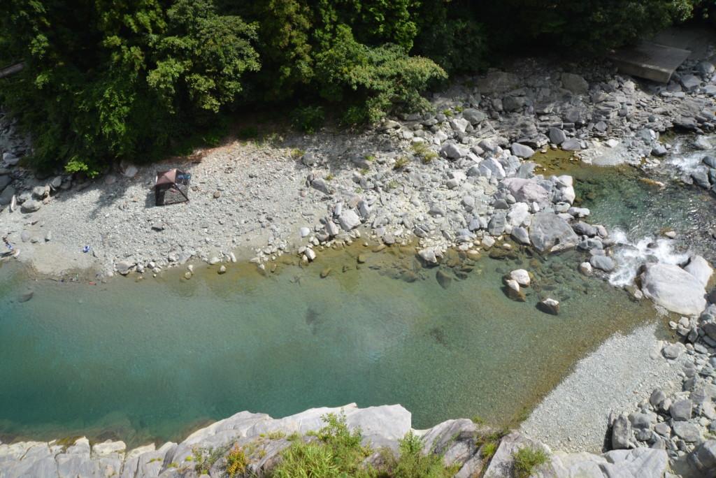 加茂川の水の色