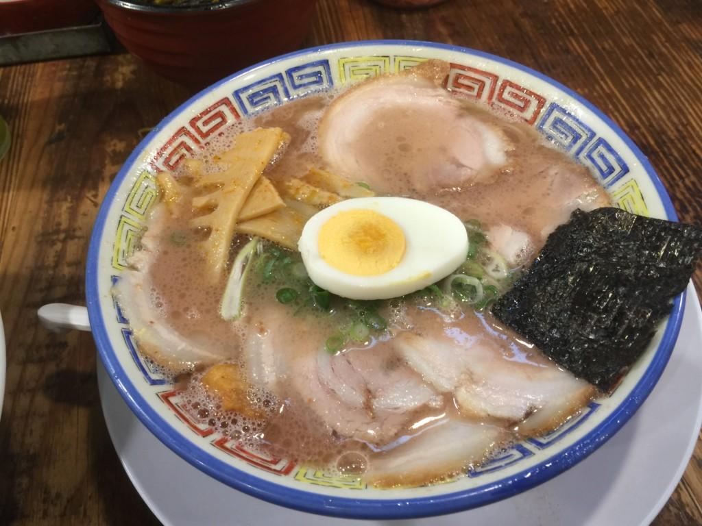分校チャーシュー麺