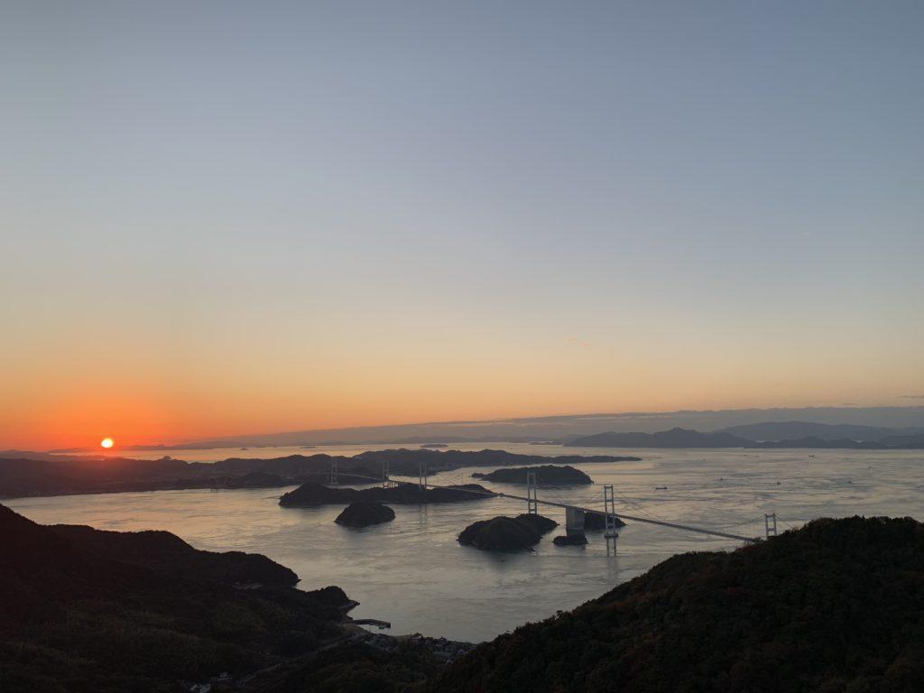 亀老山展望台からの夕焼け