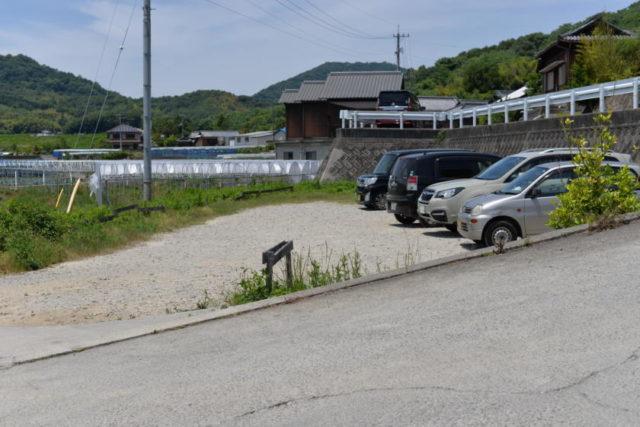 三好うどんの駐車場