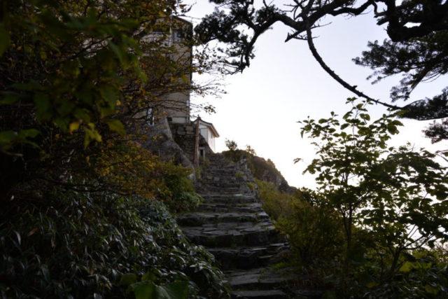石鎚神社頂上山荘